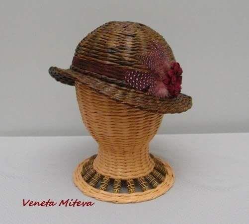 kalap Elena Lamohina