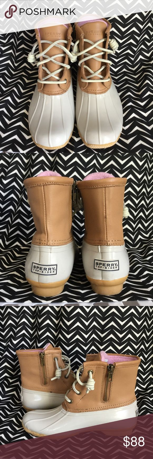 Sperry Saltwater Duck Boot Basically brand new. Worn once for maybe an hour. As you can see from the pics excellent like new condition. Women's size 5. Cream and tan color with pink fleece lining. See boot details on last picture! Sperry Top-Sider Shoes Winter & Rain Boots
