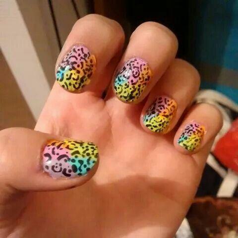 Animal print colors nails
