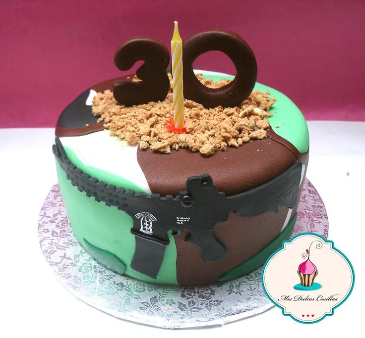 Tarta con rifle y camuflaje para celebrar el 30 cumpleaños de Fran