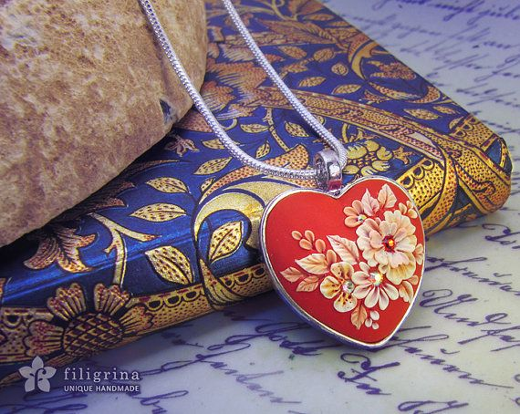 FLOWER LACE heart pendant, white floral motif on red. Floral jewelry, polymer clay applique technique, handmade by Filigrina, €23.00