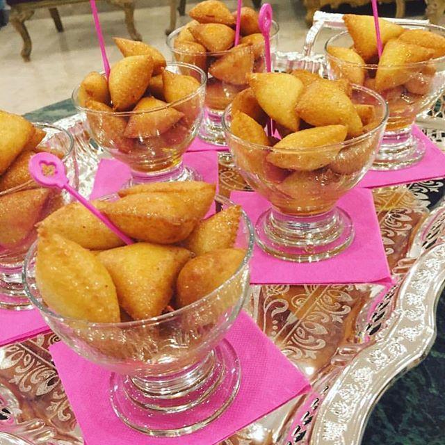 طريقة عمل مثلثات السميد Triangles Semolina Lebanese Desserts Food Desserts
