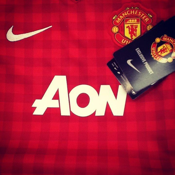 Manchester United Kids Football Kit