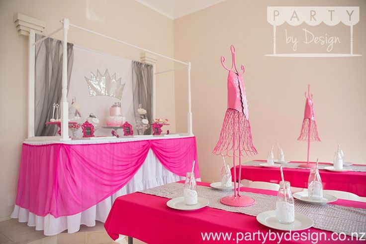 Princess themed children's party package. Contact us at party@partybydesign.co.nz.