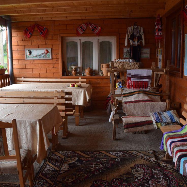 Terrasse de la Pension Scarisoara, dans les Apuseni