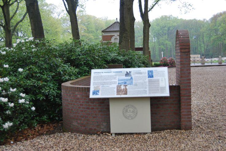 Informacja o udziale wojsk alianckich, w tym polskich – na Informacja o udziale wojsk alianckich, w tym polskich – na cmentarzu w Ooesterbeek