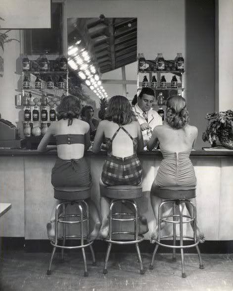 soda fountainNina Leen, Sodas Fountain, Sisters Pics, Friends, Dresses Up, Shops, Vintage Summer, Vintage Bath Suits, Hello Summer