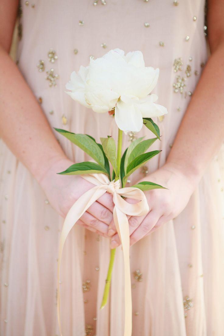 Bridesmaid with Single Peony | photography by http://dianamarieblog.com/