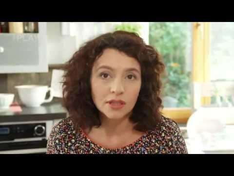 Kuřecí řízky v jogurtu s grat.brambory. - YouTube