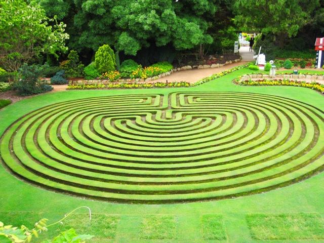 Cockington Green Gardens, Canberra