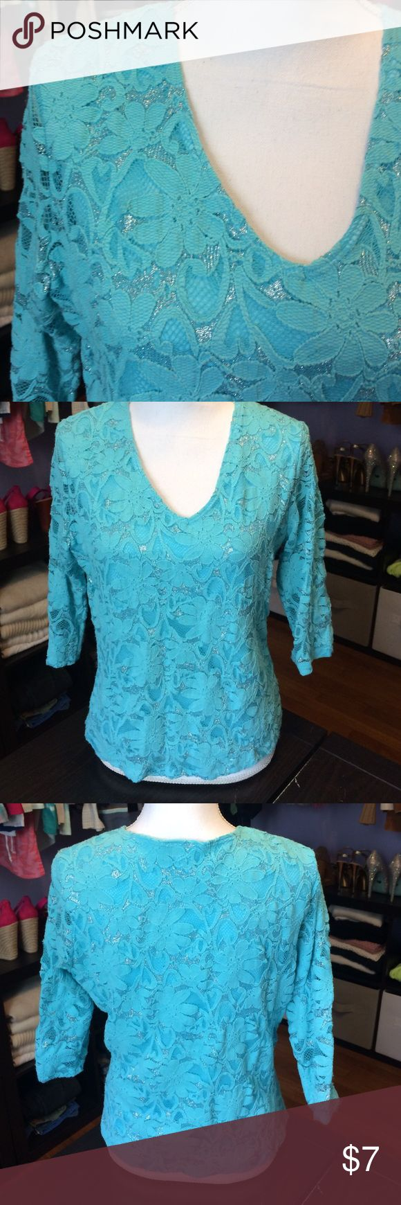🦃Blue Metallic Blouse Pretty flower and silver design. EUC brittany black Tops Blouses