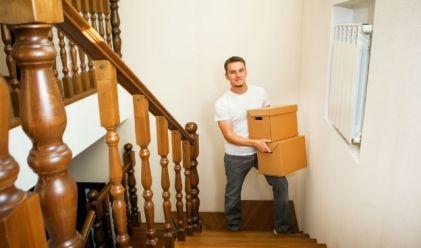 Pour bien préparer votre déménagement, pas question de vous y prendre à la dernière minute ! En réalité, les préparatifs commencent au minimum trois mois avant le grand départ. Alors comment procéder pour que votre déménagement se fasse en toute sérénité ?