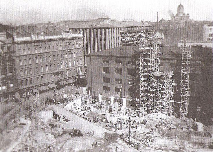 Stockmannin tavaratalon työmaa 1926-1930 - Stockmannin Helsingin keskustan tavaratalo – Wikipedia
