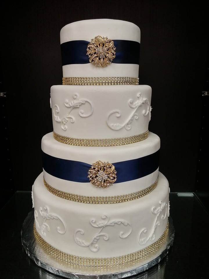 Erica and Matthew Wedding Cake