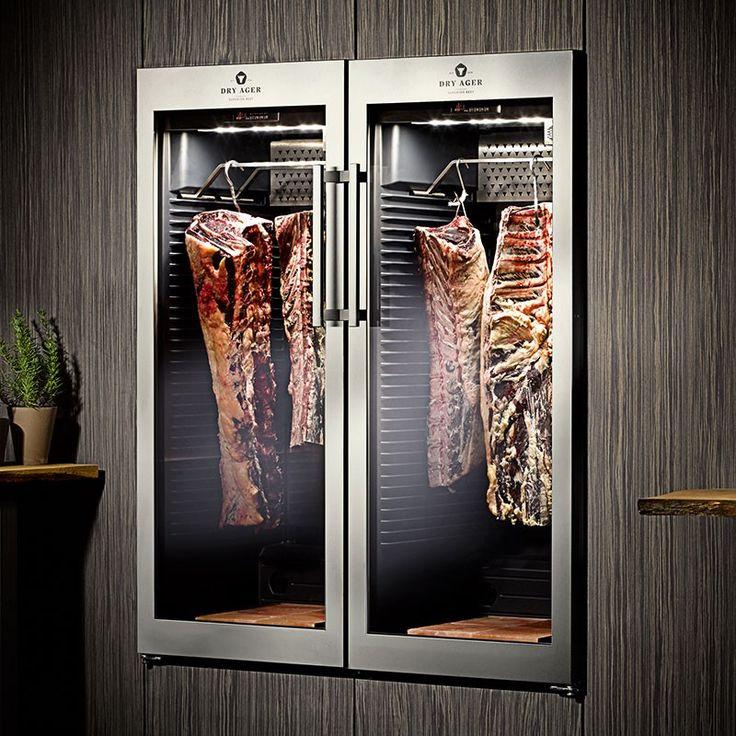 Fleisch-Reifeschrank Dry Ager DX 1000® in der Wand