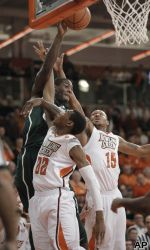 Gary Harris and Denzel Valentine scored 12 points apiece to lead No. 20 Michigan State to a 64-53 victory over Bowling Green on 12.18.12 #spartans