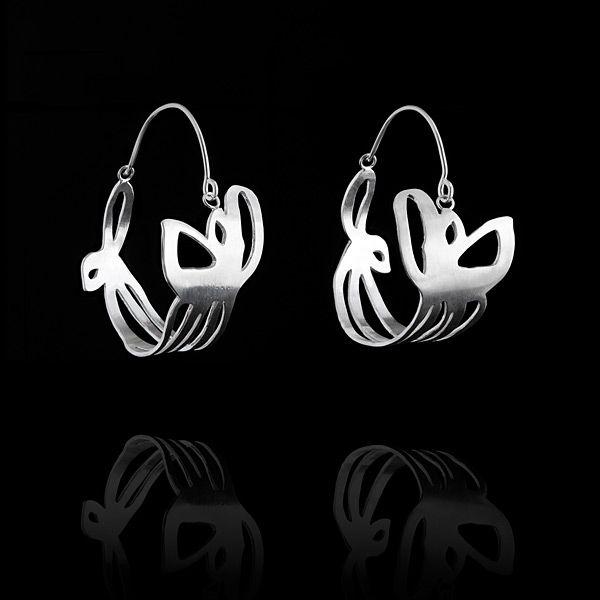 Sarah Abramson jewlery  fabulous silver and paper jewelry