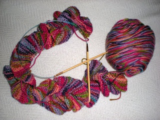 Loom Knitted Pattern For A Potato Chip Scarf : 17 Best images about Loom knitting on Pinterest Knitting looms, Loom and Lo...