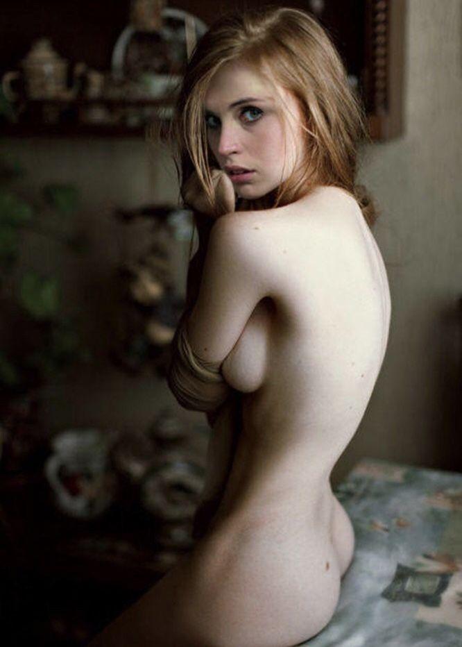 felicity naked