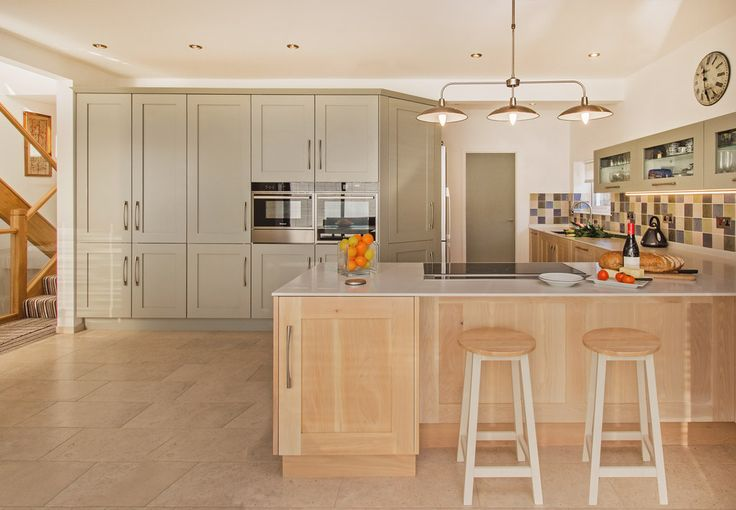 Driftwood and Painted Shaker Fusion kitchen with 12mm Corian Worktop 4