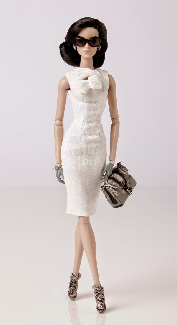 The Fashion Doll Chronicles: A character from the past makes a rare appearance - Dania Zarr is back!