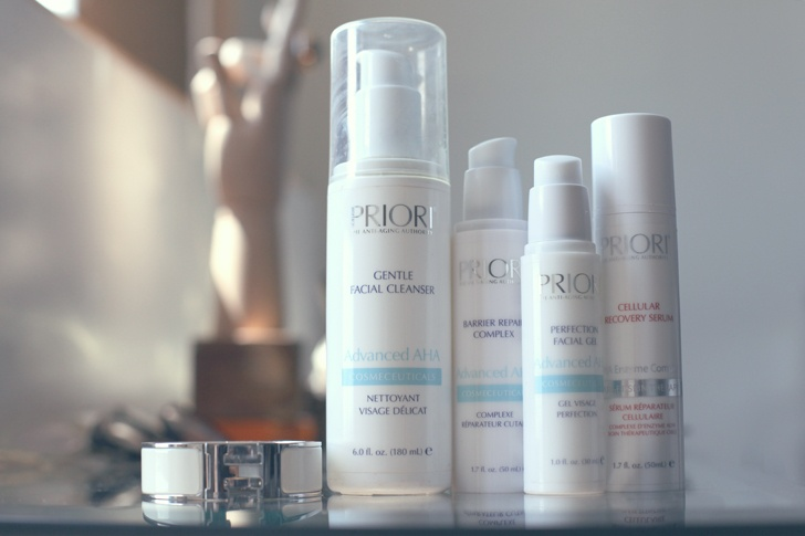 """""""I wash my face with water in the morning and then I do the whole PRIORI® process: Then I use this miracle PRIORI® powder, it seeps into your skin and is amazing. I don't have to use concelear or tinted moisturizer anymore, just that. It is so good and helps loosen up all your sunspots."""""""