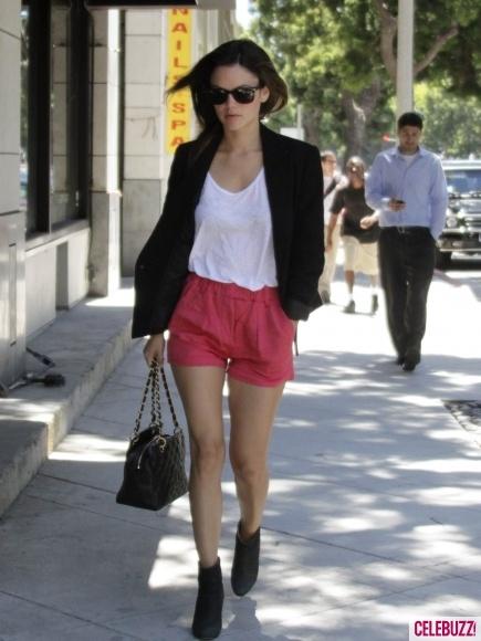 Rachel Bilson: Pink Shorts, Rachelbilson, Short Shorts, Bright Shorts, Red Shortsss, Rachel Bilson, Party Shorts