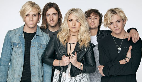 NO REPINS!!!! I got R5! Which Hollywood Records Artist Are You? | Oh My Disney