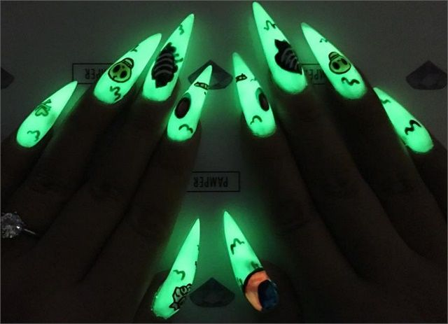 19 best glow in the dark nail art images on pinterest dark nail glow nails 10 designs to master prinsesfo Gallery