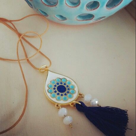 "Boho pendant. Like it on facebook: Μικρά Δημιουργήματα- Little Crafts ""fgr"""