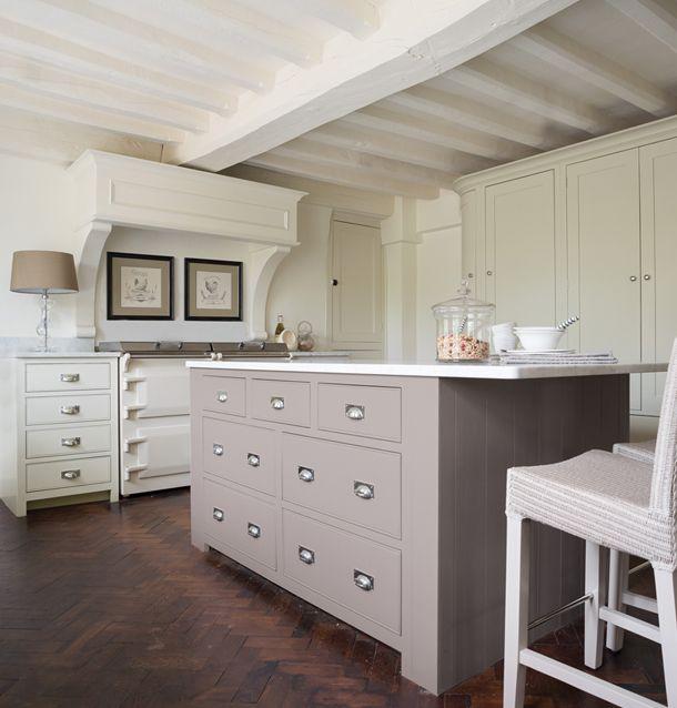 Neptun - Håndlagde kjøkken