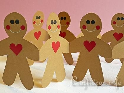 Free Christmas Crafts - Template for the Gingerbread Man Paper Garland