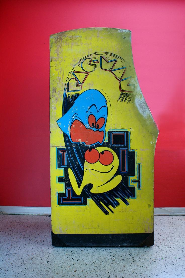 Original 1980s Pacman Stand Up Arcade Machine Arcade