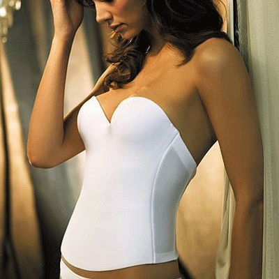 Shapewear essentials for brides to be that enhance, flatten, and smooth out your figure without any discomfort.