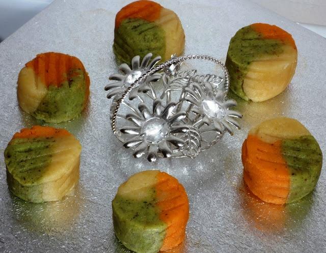 Indian sweet: Tiranga Pyara ~ Tri colour peda