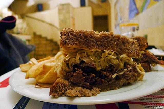 A szendvics, ami négy napig készül - All about Street Food a Nemzeti Múzeum mellett