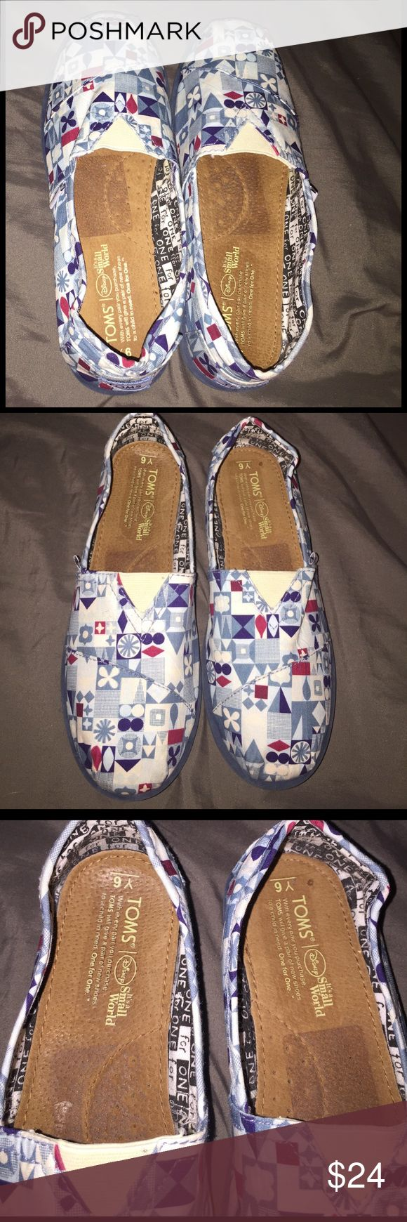 "TOMS Disney ""Its a Small World"" 🌎 Reposh! These are so cute! They say Y6 for the size, and I wear a 7.5 and they fit me perfect EXCEPT they are wide on my skinny feet! So I am reposhing them 🌎 I bought them saying they were New but I think they are very lightly used. Super cute and a must have for any Disney Lover! ❤️❤️❤️ TOMS Shoes Flats & Loafers"