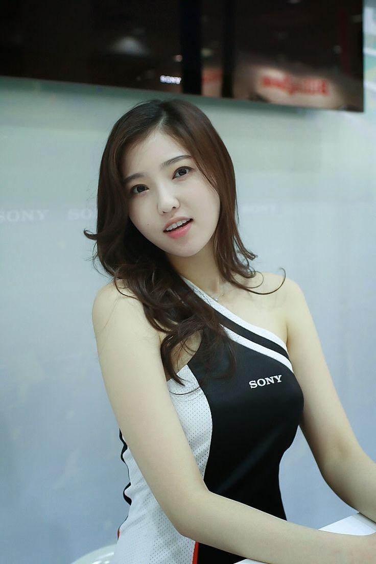 @jjajja___ in 2020 | Girl photos, Korean model, Fashion