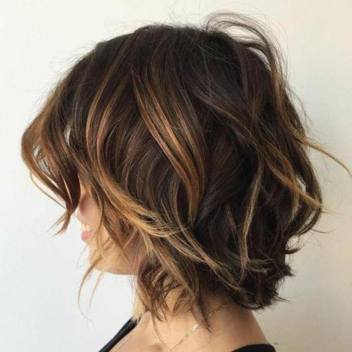Balayage Caramel Cheveux Chatain, Cheveux Chocolat, Balayage Cheveux,  Cheveux Courts Bruns, Couleur