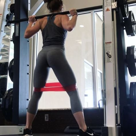 "7,721 Likes, 198 Comments - Hannah Bower (@hannahbower2) on Instagram: ""Be ready to be sore. All 5 exercises. ➖➖➖➖ I don't do much smith machine work, but on the…"""