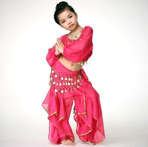 Детский костюм для танца живота: топ, шаровары и пояс, исполненные в легкой розовой ткани. 2200 р., бесплатная доставка! http://tanetszhivota.su/detskie/213-detskiy-kostyum-dlya-tanca-zhivota-little-persia.html #детскийкостюмдлятанца #танецживота  #костюмдлятанцаживота #аксессуарыдлятанцаживота #заказатькостюмдлятанцаживота #bellydance #восточныетанцы #восток #oriental