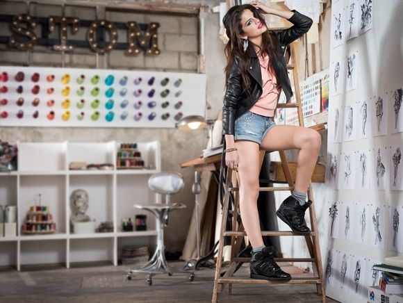 Selena Gomez, Adidas NEO