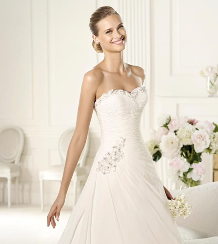 Gorgeous Floral Sweetheart Neckline Beading And Side Draped Chiffon Wedding Dress A Line Dresses