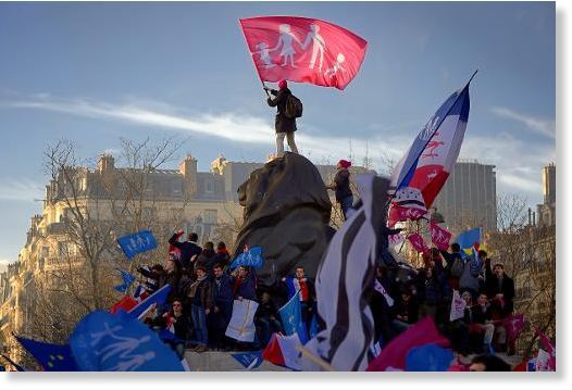 500,000 march in France's major cities to protest against corrupt elites -- Sott.net