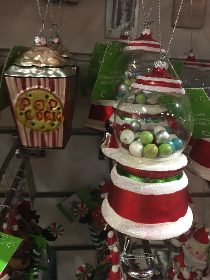 Love this Popcorn and Candy Machine decorations.