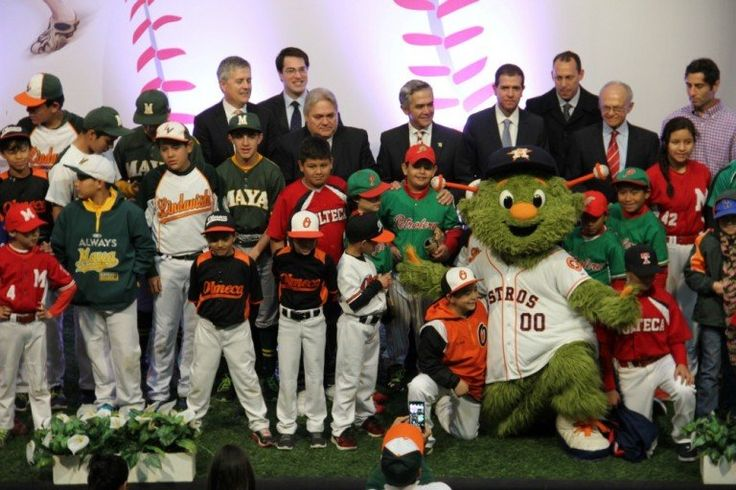 Anuncia Jefe de Gobierno partidos de ligas mayores de beisbol en CDMX