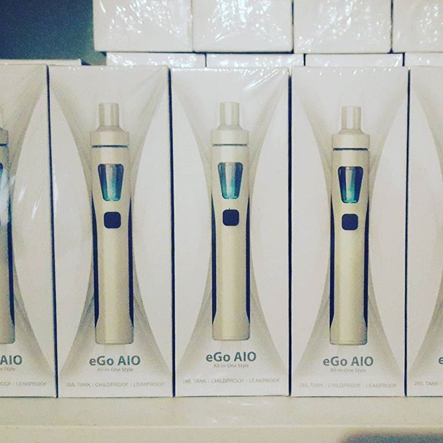 Thinking of making the switch to ecigs? The Joytech AIO has just landed @vaporaecigs , and at only $29.95 it is a GREAT option for newbies, and looks awesome too! Available in black and stainless.  www.vapora.com.au/products/joytech-aio-starter-kit #vapingisthefuture #aussievapers #vaporgram #vaporaecigs #instavape #vaping #vapez #ecigs #starterkit #joytech #vaping