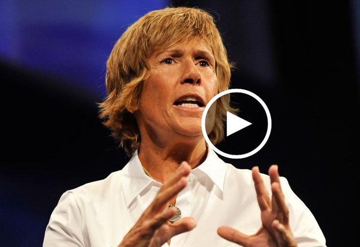 Extreme Swimming with the World's Most Dangerous Kelly Fish: Diana Nyad - In the 1970s, Diana Nyad set long-distance swim records that are still unbroken. Thirty years later, at 60, she attempted her longest swim yet, from Cuba to Florida. In this funny, powerful talk at TEDMED, she talks about how to prepare mentally to achieve an extreme dream, and asks: What will YOU do with your wild, precious life?
