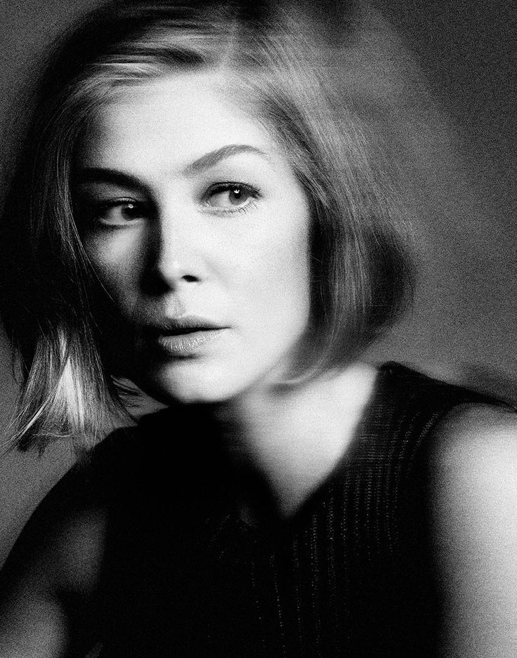 Rosamund Pike Photographed by Yu Tsai  In Variety 2014