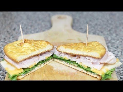 Wil je wat op jouw koolhydraat inname letten? Deze overheerlijke zelfmaak broodjes zijn gezond, laag in koolhydraten & lekker! - Zelfmaak ideetjes